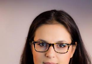 Simona Decuseară